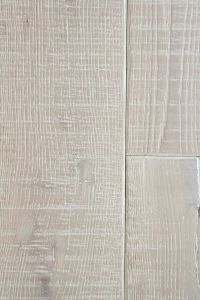 Dunlop Flooring Heartridge Vintage Oak White Dove Distressed 1900mm x 190mm x 14mm